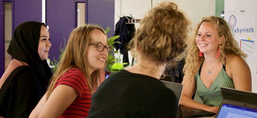 Afbeelding bij Vacature: Labyrinth Onderzoek & Advies zoekt Office Manager